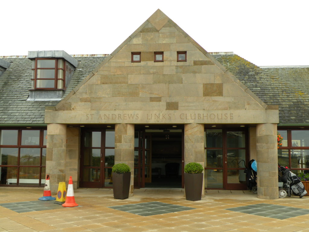 St.Andrews Links Clubhouse 1