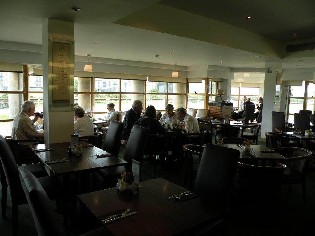 クラブハウスレストラン