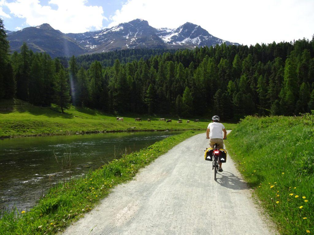 スイスサイクリングツアー
